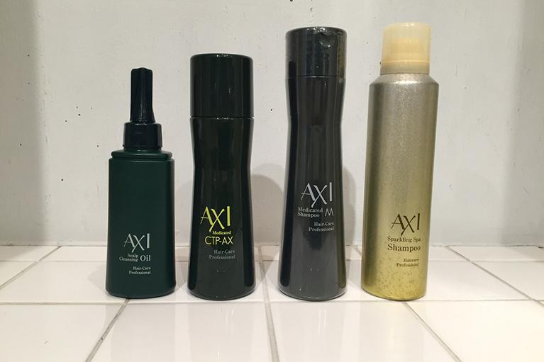 AXI(左から)スキャルプクレンジングオイル薬用サイトプラインAX薬用シャンプースパークリングスパシャンプー